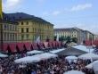 View from the Feldherrnhalle onto Odeonsplatz